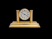 El Casco asztali óra